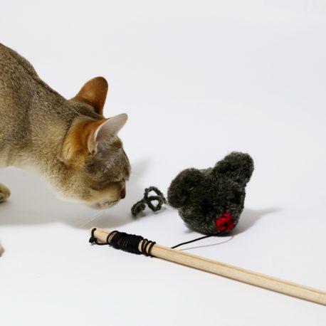 Wędka dla kota z myszką pompon SingaLove