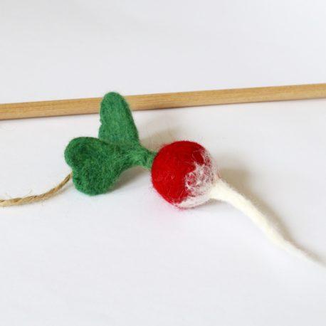 kocia zabawka SingaLove wędka z rzodkiewką